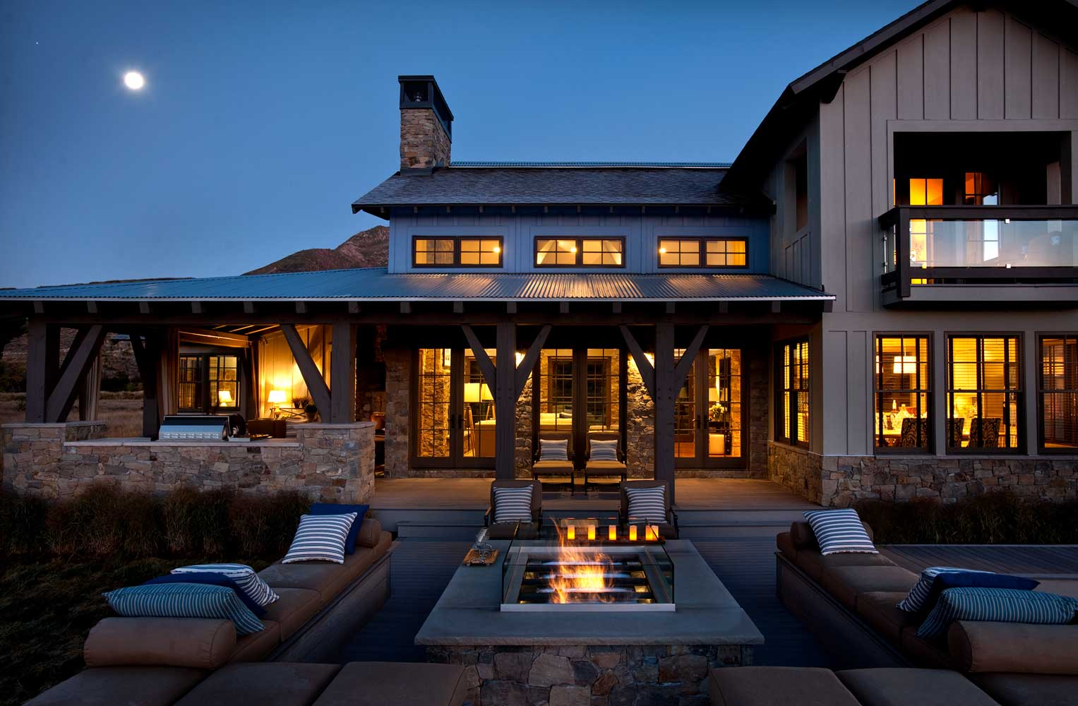 Considering a Custom Home? It's a Smart Choice That Buyers Are Enjoying This Year